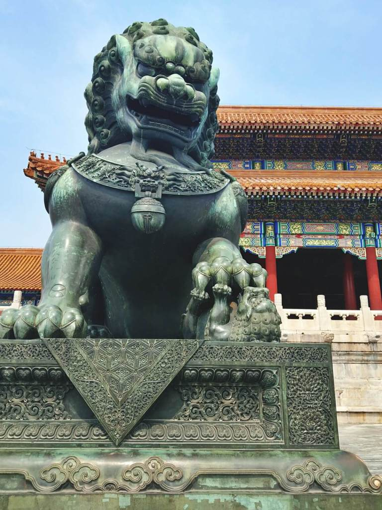 Cesarki lew w Zakazanym Mieście w Pekinie.