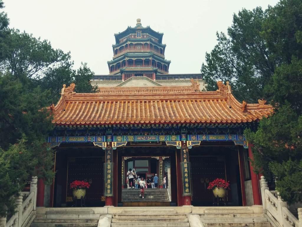 Pagoda Kadzidła Buddy na Wzgórzu Długowieczności w Pałacu Letnim w Pekinie.