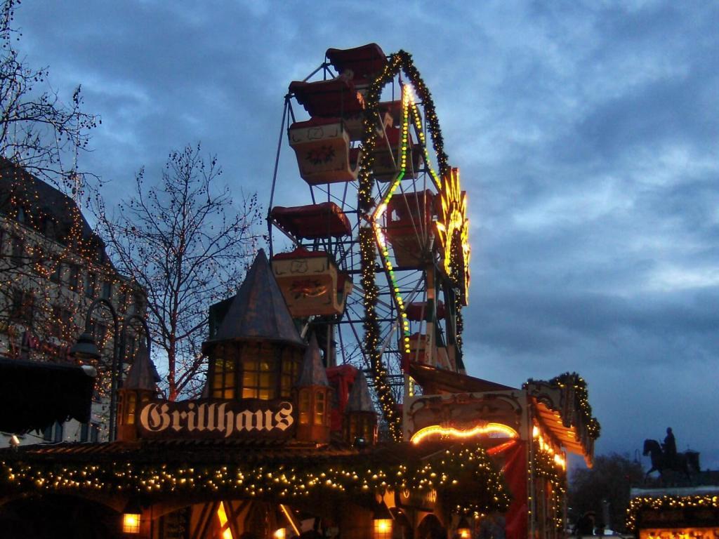 Jarmark bożonarodzeniowy w Kolonii w Niemczech.