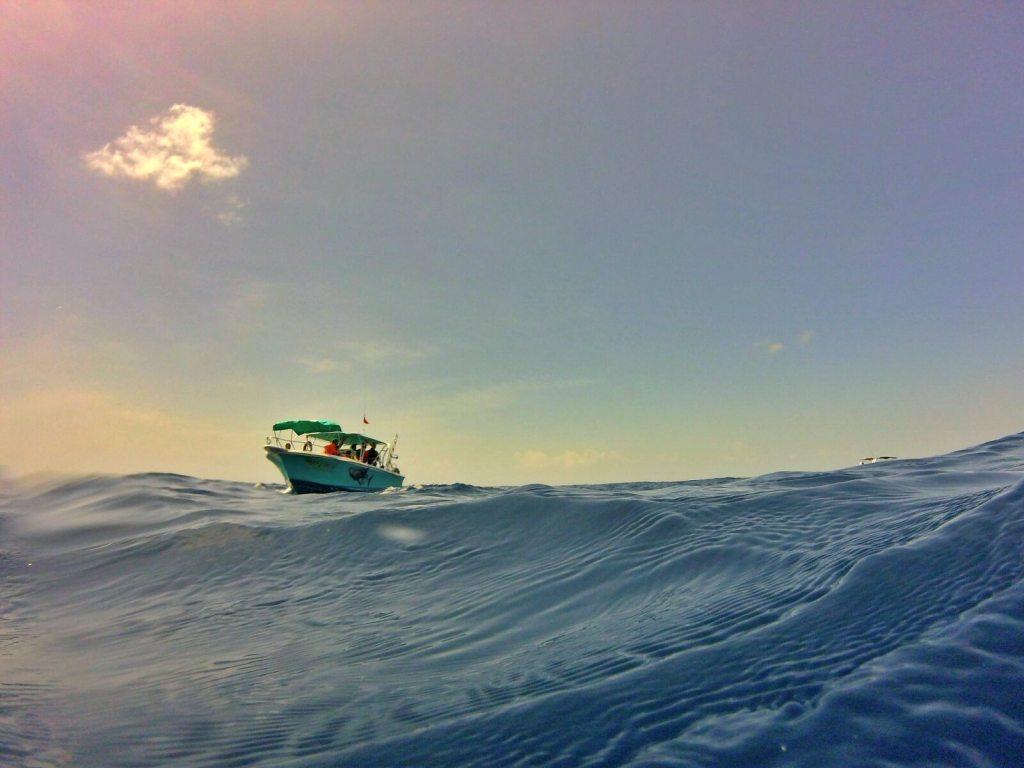 Łódź na Morzu Karaibskim.