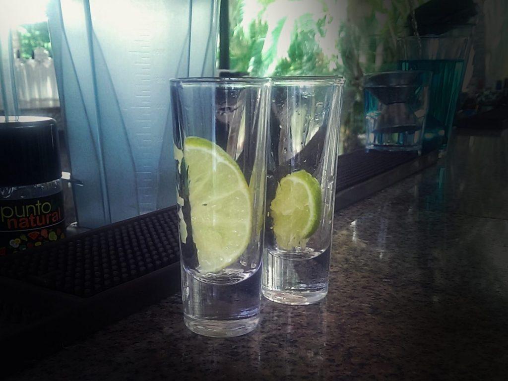 Tradycyjny meksykański alkohol - tequila.