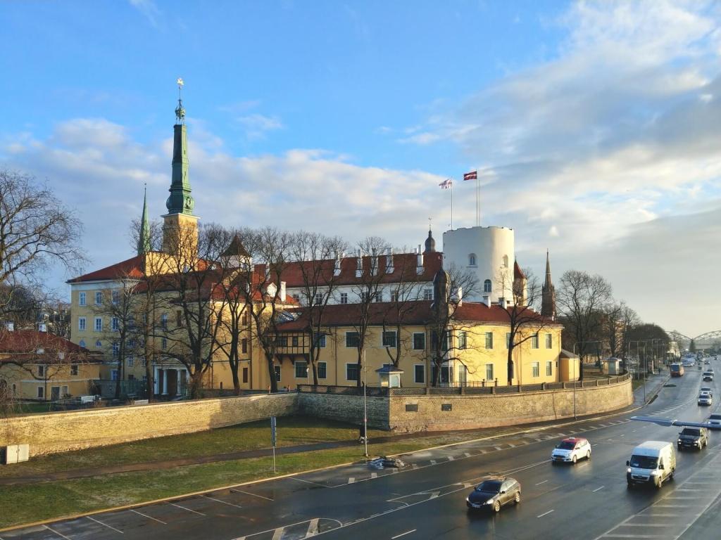 Zamek w Rydze jest siedzibą prezydenta Łotwy.