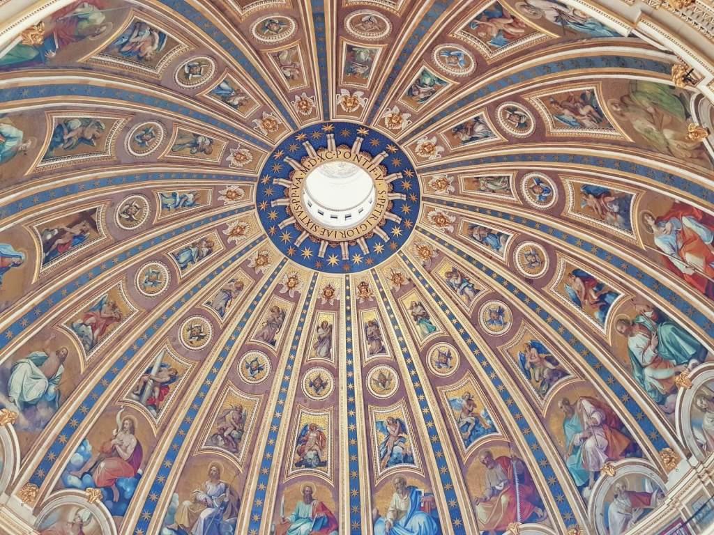 Freski na kopule bazyliki św. Piotra w Watykanie.