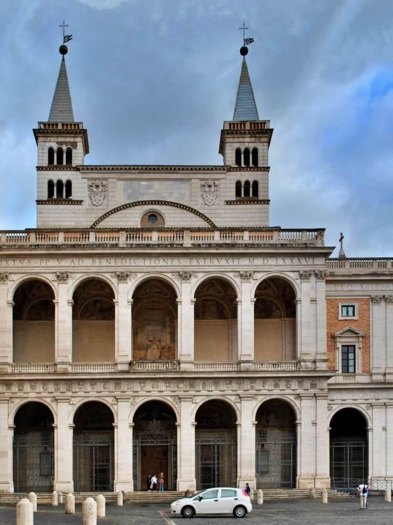 Stary pałac papieski na Lateranie.