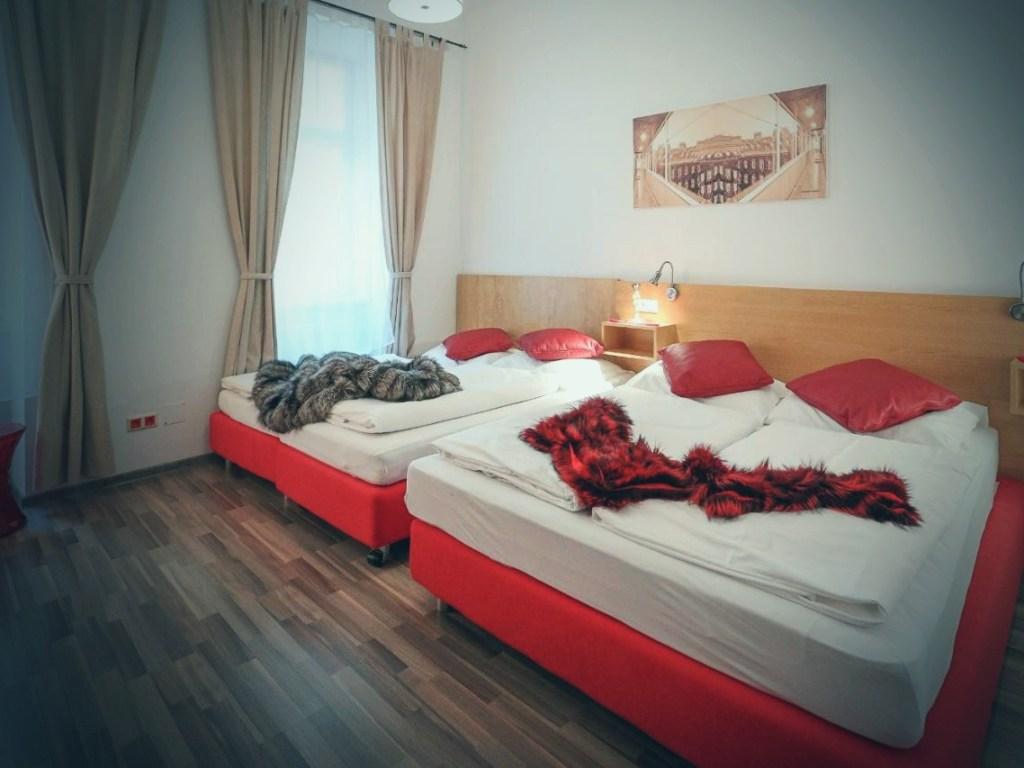 Pokój hotelowy w Wiedniu.
