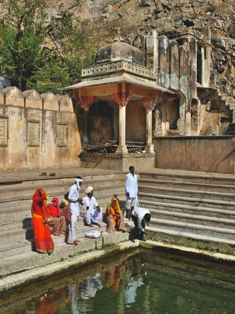 Pielgrzymi z Świątyni Małp w Dżajpurze.