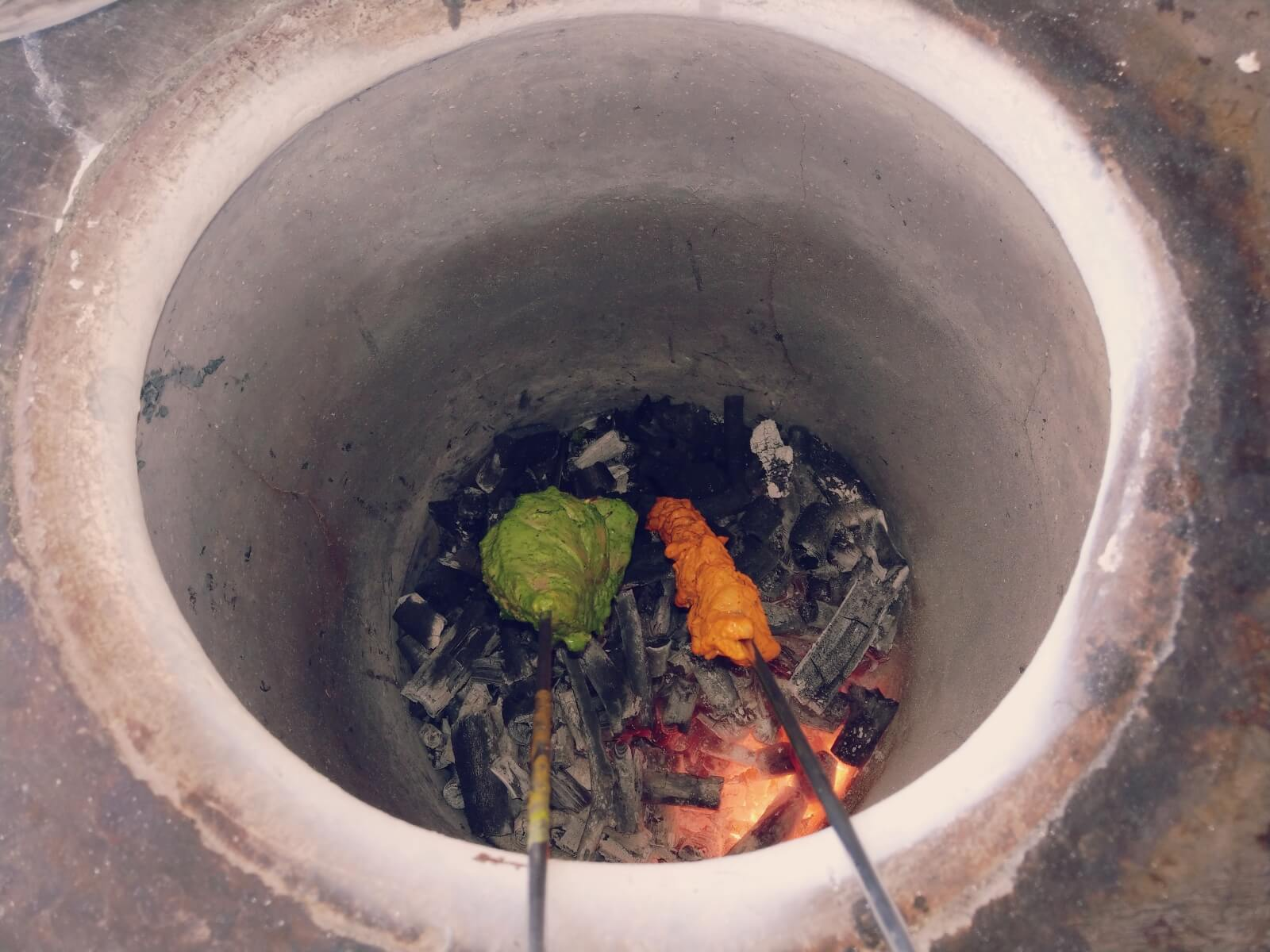 Indyjskie dania z pieca tandoori.