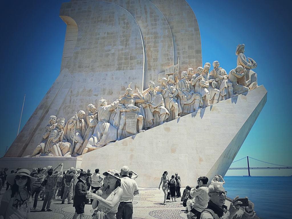 Pomnik odkrywców.