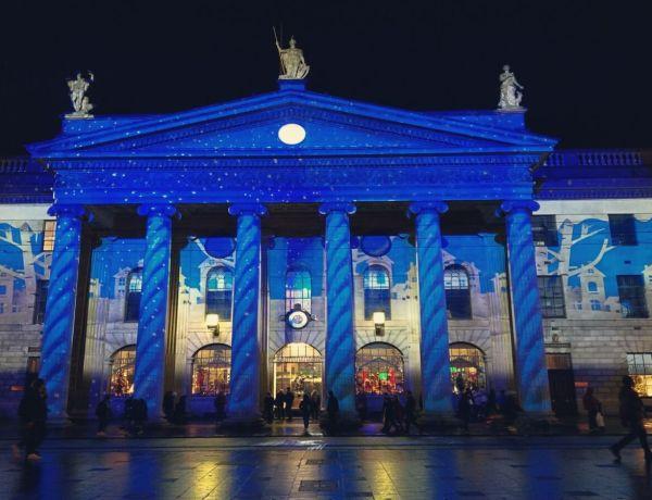 Poczta główna w Dublinie.