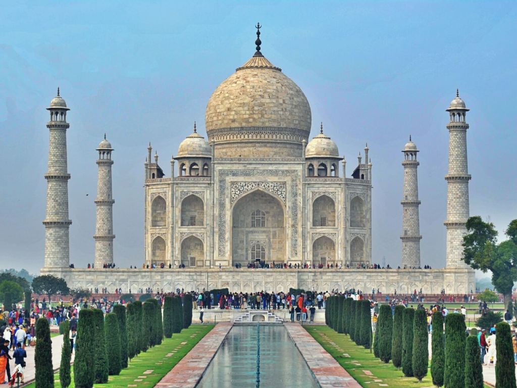 Taj Mahal w Agrze, w Indiach, jeden z Siedmiu Nowych Cudów Świata.