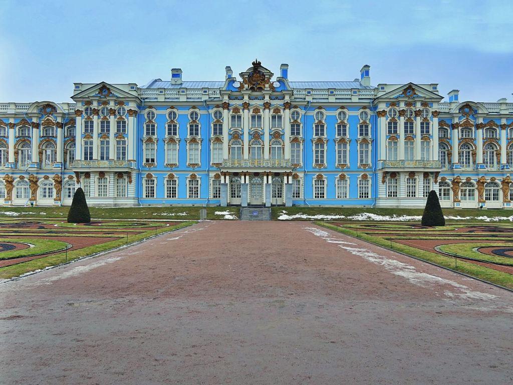 Carskie Sioło to ulubiony pałac carycy Katarzyny Wielkiej w Puszkinie.
