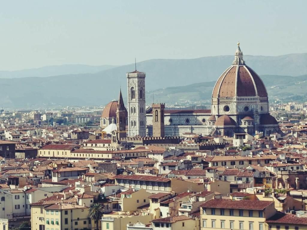 Widok na Florencje z placu Michała Anioła.