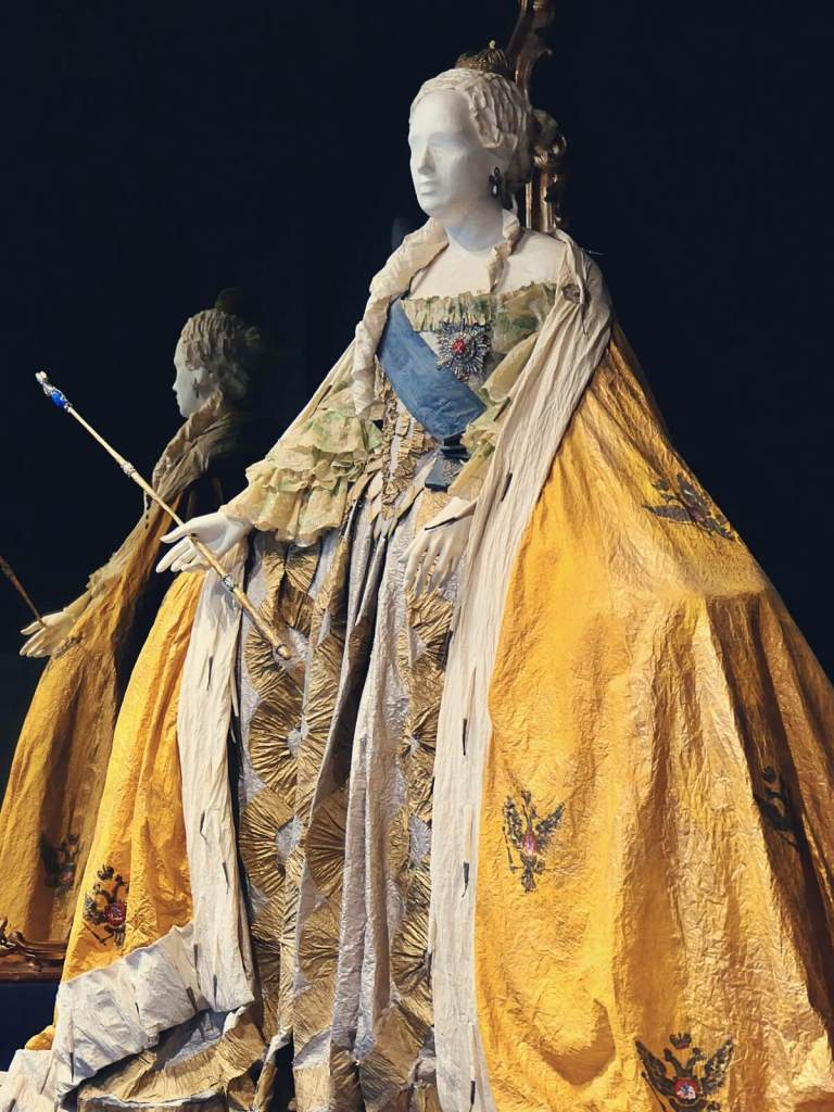 Replika sukni carycy Katarzyny Wielkiej.