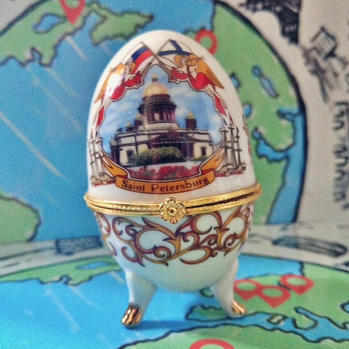 Jajo Faberge z Petersburga.